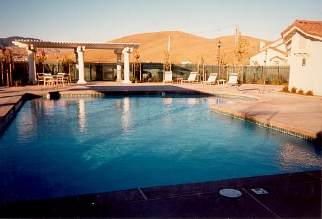 Cantilevered Commercial Pool Decks